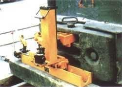 液压复位机